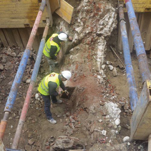 Pianta dell'area con la localizzazione dei monumenti di età romana e dei quattro saggi di scavo realizzati in largo Augusto (2008) e in via Cavallotti (2016) durante i lavori per la linea M4.